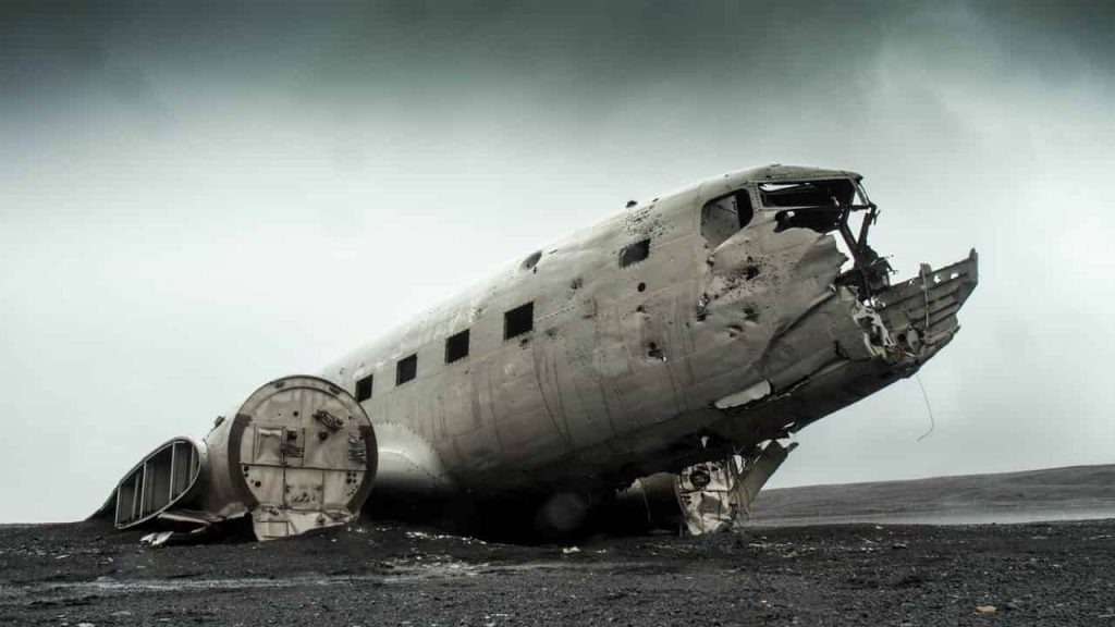 Plane Crash Dream Meaning   Get Your Dream Interpretation Now!!!