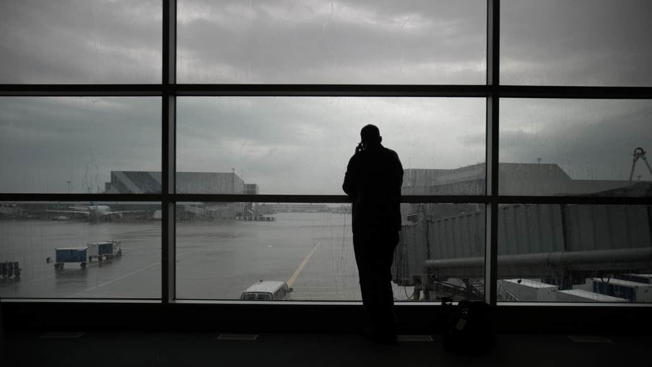 What does it mean to dream about missing a flight