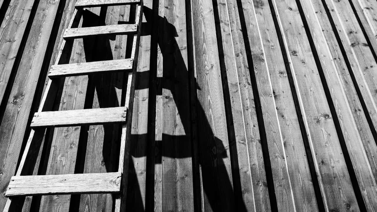 What dream about ladder means - Meaning and interpretation