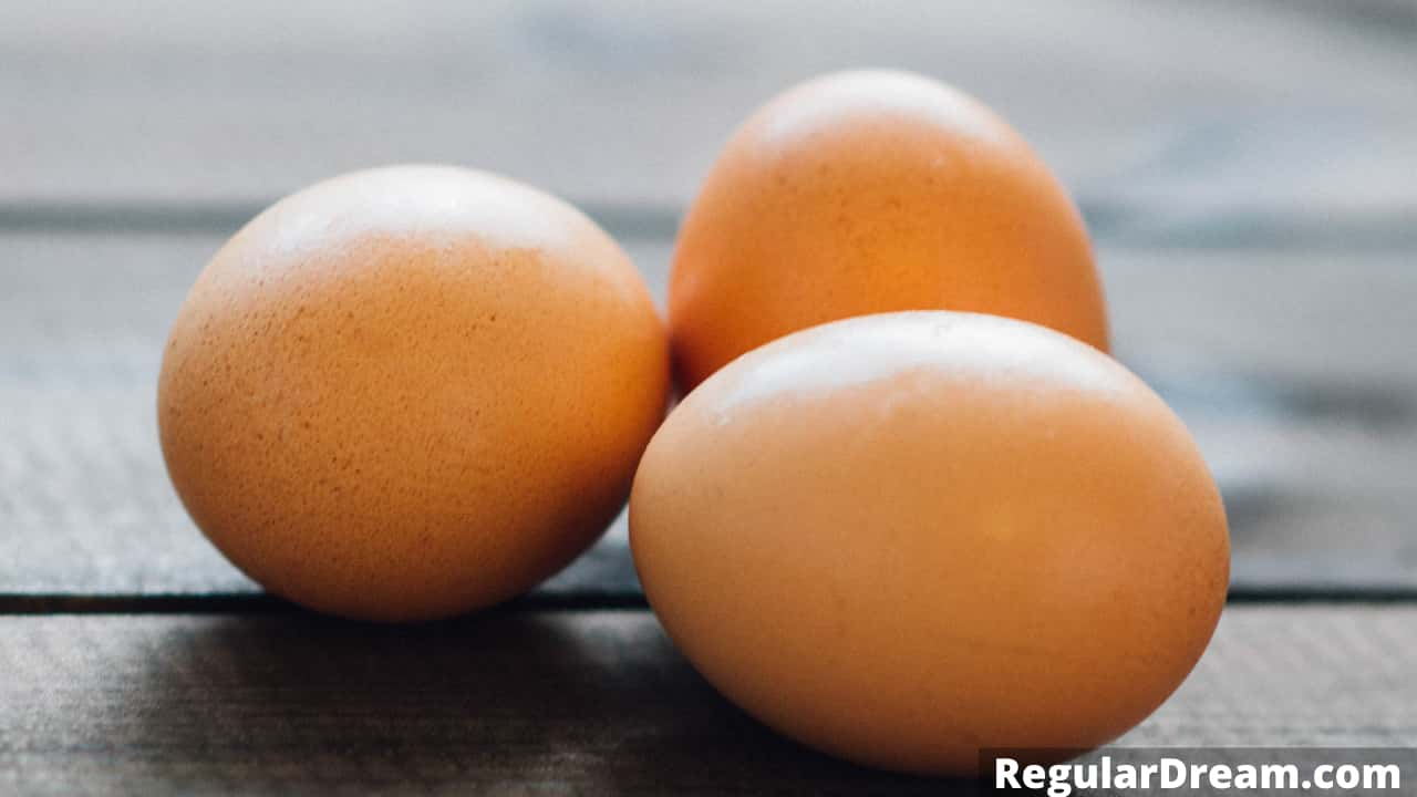 Egg in dream - Meaning and symbolism of eggs dream