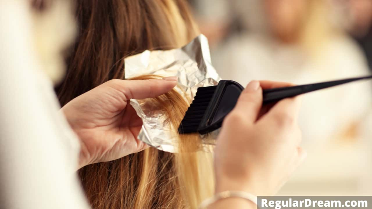 Dream interpretation of Hairdresser - What does Hairdresser symbolise in dream