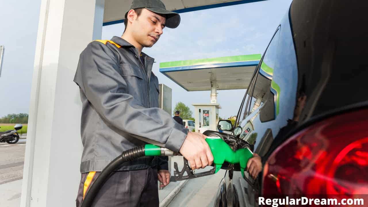 Dreams about fuel and gasoline - Meaning and Interpretation